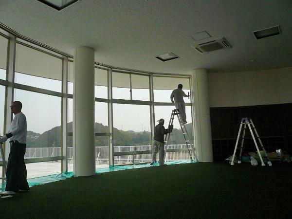 窓遮熱コーティングの施工