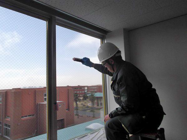 窓遮熱コーティングの施工2